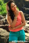Nikesha-Patel-in-Karaiooram-Movie--(1)6064.jpg