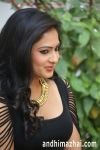 actress_nikesha_patel_hot_stills_tight_black_skirt_146d37a.jpg